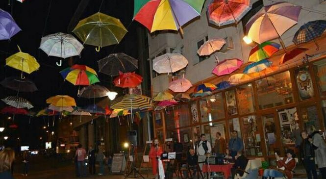 Festivalul cu umbrele…sub ploaia de culori
