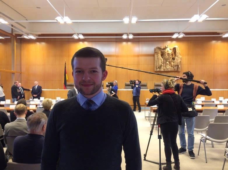 *la Curtea Constituțională din Germania
